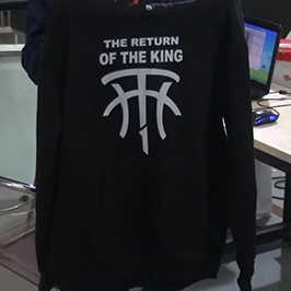 Black sweater printing sample by A-2 t-shirt printer WER-D4880T